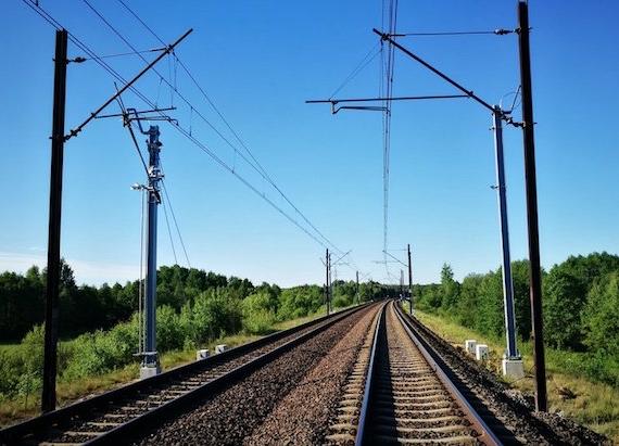 """Czy i w tym roku """"pęknie"""" 300 mln pasażerów na kolei? UTK z danymi za sierpień"""
