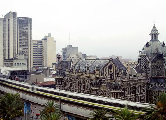 """Siemens Mobility zmodernizuje metro w Kolumbii: """"Jesteśmy dumni z kontraktu na inteligentną infrastrukturę dla Medellin"""""""
