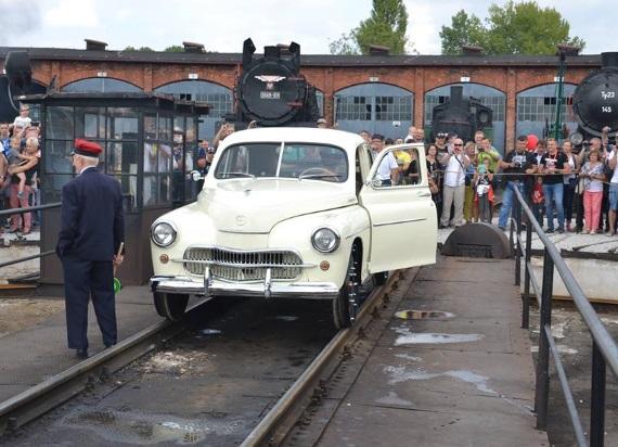 Nowość w Muzeum Kolejnictwa! Prezentacje i przejażdżki 60-letnią zabytkową drezyną M20