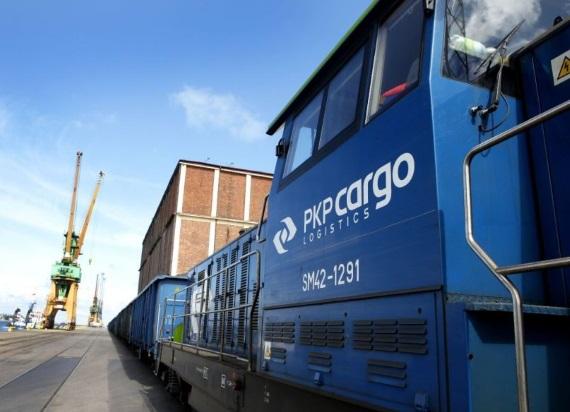 PKP CARGO realizuje największy program taborowy. Wagony platformy i lokomotywy