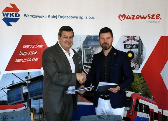 """Parkingi """"Parkuj i Jedź"""" dostępne dla pasażerów WKD w Komorowie i Pruszkowie niebawem w nowej odsłonie"""