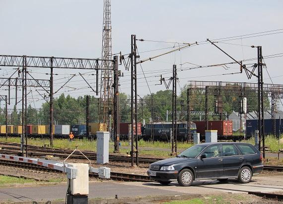 Nietrzeźwy 24-latek utknął na przejeździe kolejowym w Rzeszowie