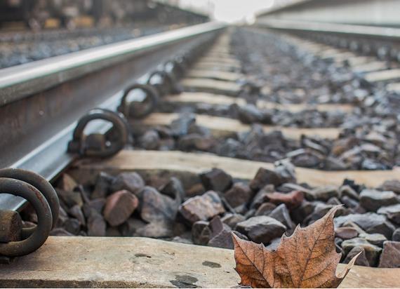 Rząd przeznaczy 5,7 mld zł dodatkowych środków na Krajowy Program Kolejowy