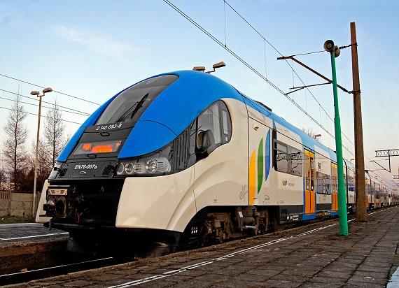 Koleje Śląskie: Mniej utrudnień, więcej pociągów