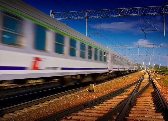 """Narodowe Czytanie """"Balladyny"""" Juliusza Słowackiego w pociągach PKP Intercity"""