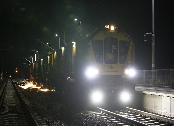 Zaiskrzyło na kolejowej trasie z Poznania do Piły