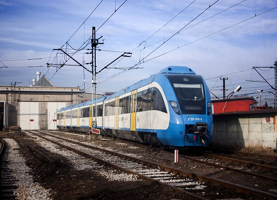 Koleje Śląskie w Sylwestra uruchomią dodatkowe połączenia