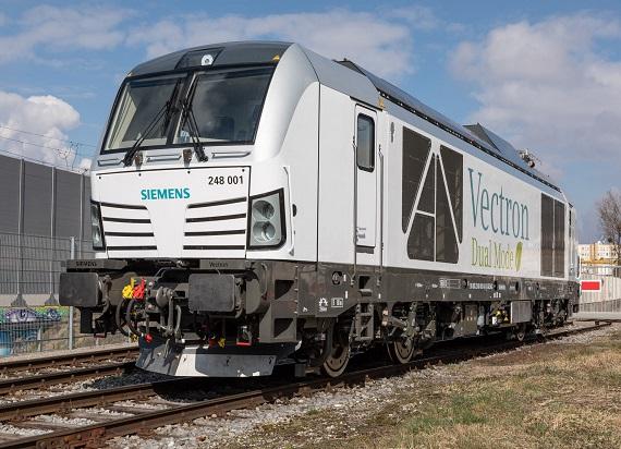 Pierwsze zamówienie na hybrydowe lokomotywy Siemens Mobility – Vectron Dual Mode