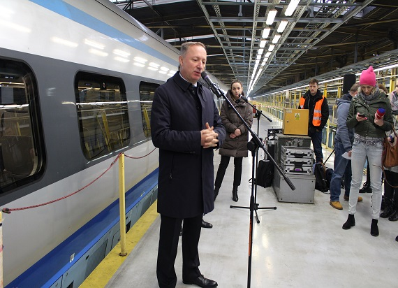 Wi-Fi w każdym Pendolino, a wybór miejsc w pociągu staje się prostszy dzięki graficznej prezentacji