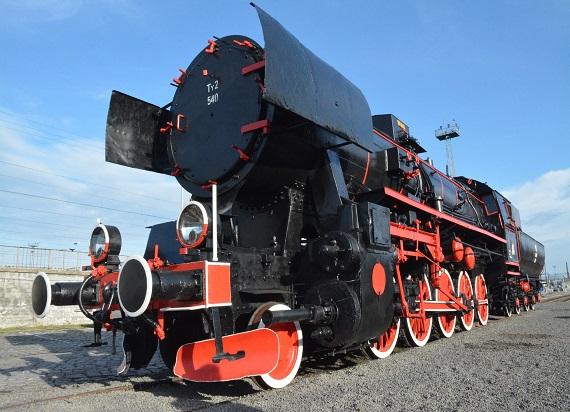 Kolejowi pasjonaci odrestaurowali zabytkową lokomotywę Ty2-540