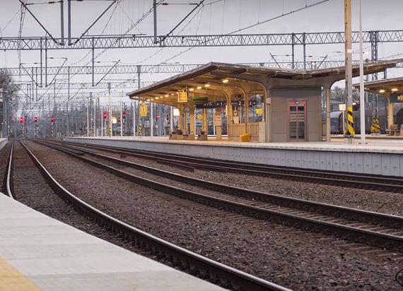 Inwestycje za 370 mln zł na Śląsku usprawniły przewozy pasażerskie i towarowe