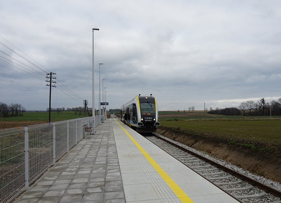 Pociągiem z Nysy do Opola szybciej o 20 minut