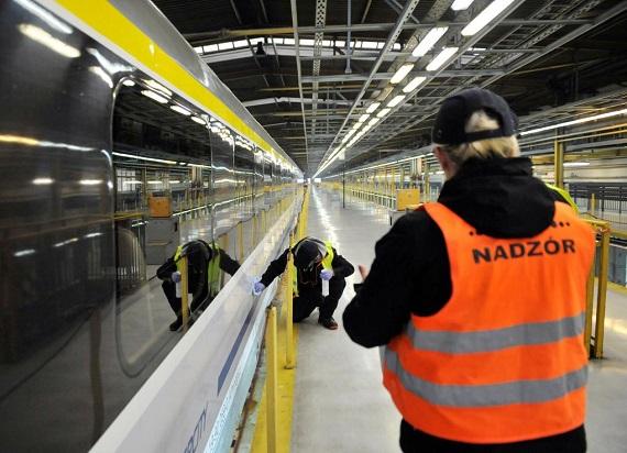 Więźniowie będą sprzątać pociągi PKP Intercity