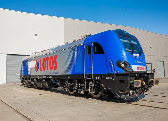 LOTOS Kolej kupiła 216 nowoczesnych wagonów i jedną lokomotywę Griffin