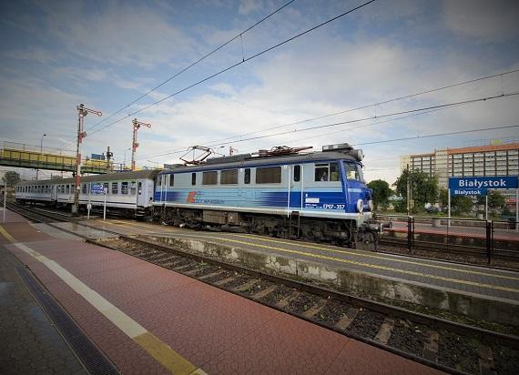 Postępują prace na stacji Białystok. Będą szybsze i wygodniejsze podróże do Warszawy