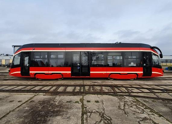 Pierwszy nowy wagon dla Tramwajów Śląskich gotowy [ZDJĘCIA]