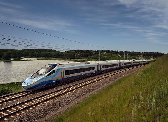 Rząd uchwalił Program CPK na lata 2020-2023. Znamy inwestycje kolejowe