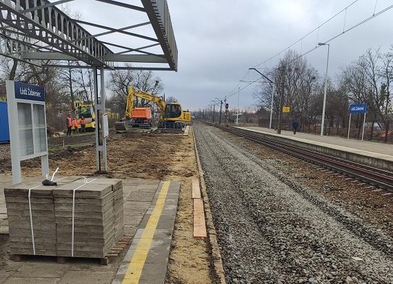 Łódzkie: Rozpoczęły się modernizacje dwóch stacji: Zgierz i Łódź Żabieniec