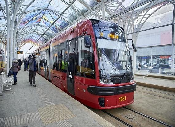 Niskopodłogowymi tramwajami po Łodzi