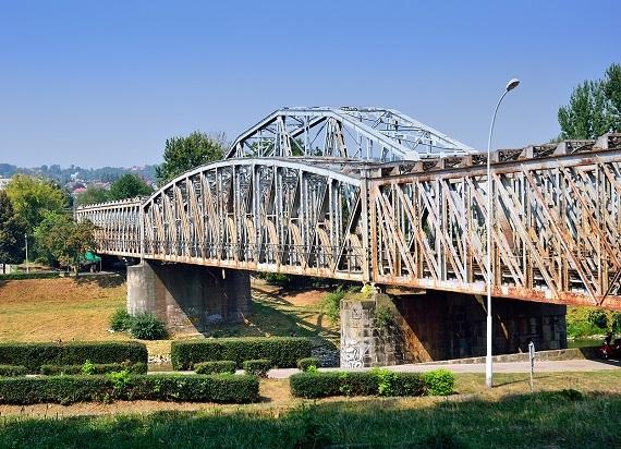 Przemyślanie chcą uratować zabytkowy most kolejowy. Już ponad 3 tys. podpisów pod petycją!