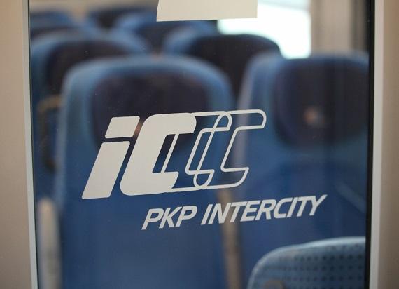 Konsultanci infolinii PKP Intercity wspierają infolinię Głównego Inspektoratu Sanitarnego