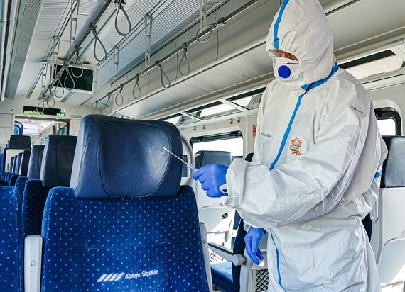UTK: Aktualizacja zasad bezpiecznego podróżowania pociągiem w dobie koronawirusa