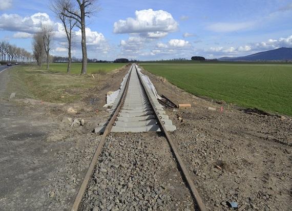 Koleją pod Ślężę – PLK szykują linię do atrakcyjnych podróży