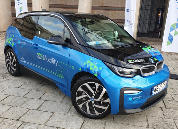 PKP Mobility startuje w Gdyni! Wypożyczymy samochód elektryczny przy dworcu kolejowym