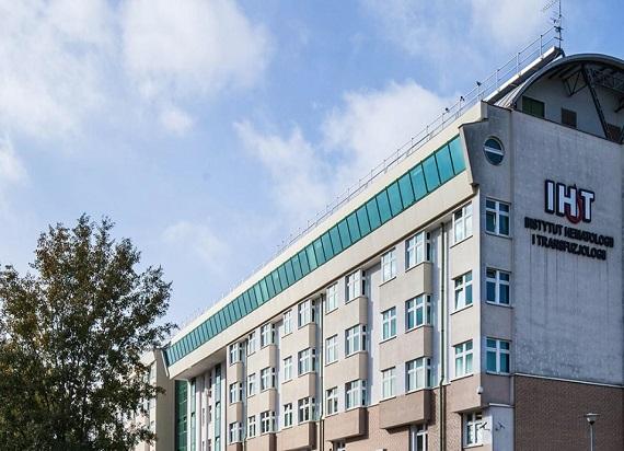 Grupa Kapitałowa PLK przekazała 2,25 mln zł na rzecz Instytutu Hematologii i Transfuzjologii na walkę z COVID-19