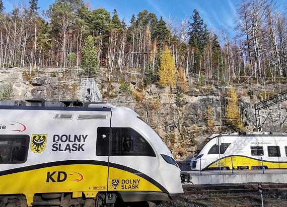 Dolny Śląsk przejmuje kolejne dwie linie kolejowe!