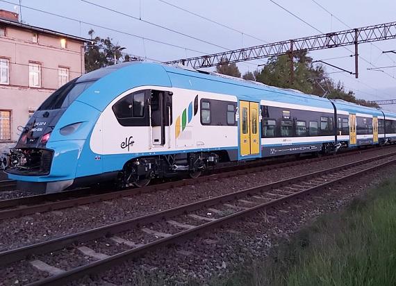 Dwa ostatnie Elfy 2 dla Kolei Śląskich przechodzą testy w Bydgoszczy