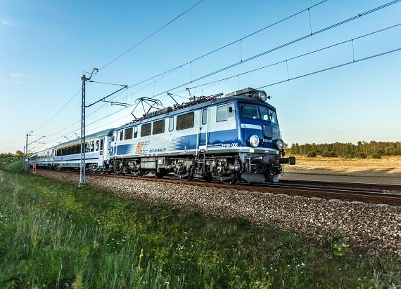 Na torach coraz więcej składów PKP Intercity – już blisko 100 pociągów wróciło do kursowania od 3 maja