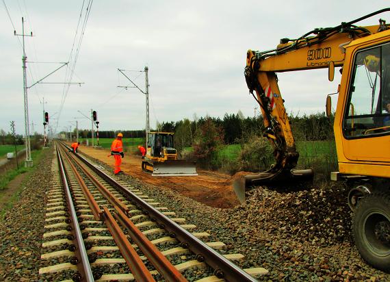 Szybsze podróże między Kutnem a Toruniem. PLK przygotowują linię nr 18 do przejazdów z prędkością 160 km/h