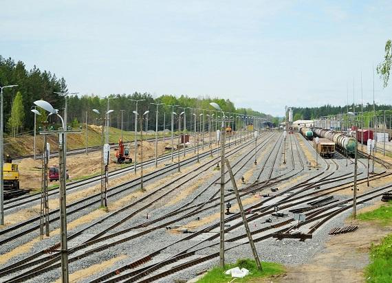 PKP PLK remontują szerokotorową linię na granicy z Białorusią. Będą lepsze przewozy towarowe na Podlasiu