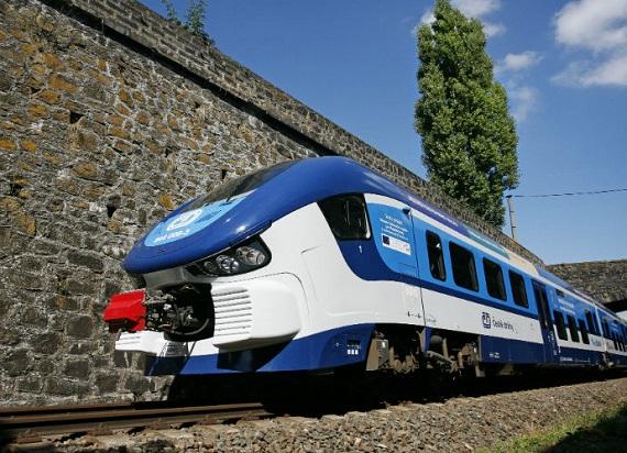 PESA i NEWAG z ofertami na dostawę 160 pociągów spalinowych dla Kolei Czeskich
