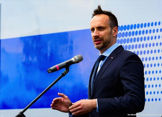 Minister Kowalski: W Polsce istnieje ogromna potrzeba lepszego zrozumienia potencjału i korzyści dla krajowej gospodarki [KOMENTARZ]