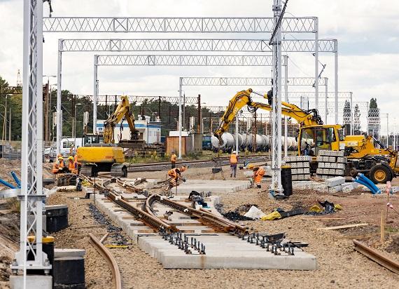 Zwiększają się możliwości linii kolejowych do portów w Szczecinie i Świnoujściu [ZDJĘCIA]