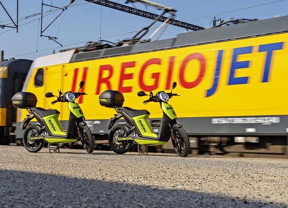 RegioJet nawiązuje współpracę z Skodą. Chodzi o elektryczne skutery i car-sharing