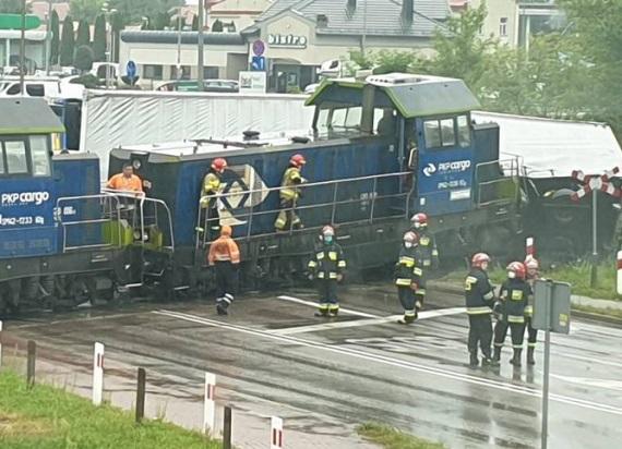 Trwają testy nowoczesnego systemu na przejazdach kolejowych. To będzie postrach dla piratów drogowy