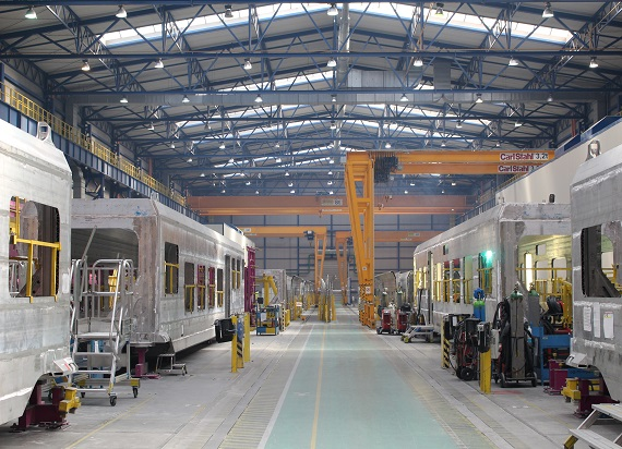 Byliśmy w fabryce Alstomu w Chorzowie. To jedna z największych fabryk taboru w Europie [ZDJĘCIA]