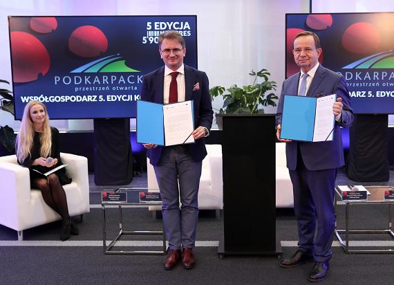 Kongres 590: Nowa platforma do eventów hybrydowych  i strategiczna umowa z Podkarpaciem