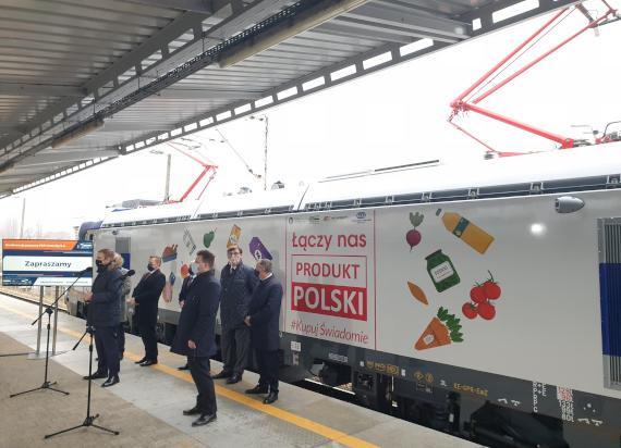 30 nowych lokomotyw Griffin prowadzi pociągi PKP Intercity. Ostatni odebrany pojazd promuje akcje #KupujŚwiadomie PRODUKTPOLSKI