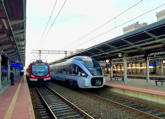 """Historyczny przejazd PesaDART z Bydgoszczy do Warszawy. PKP Intercity: """"To jednorazowa sytuacja"""""""