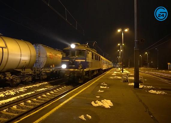 Nowy pociąg TLK Chemik po raz pierwszy dojechał do Gostynina i Płocka [WIDEO]