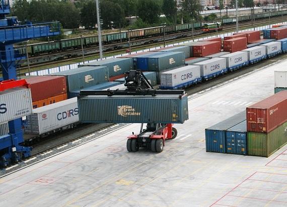 Koleje Białoruskie z dynamicznym wzrostem w transporcie intermodalnym. Ponad milion kontenerów w 2020 roku