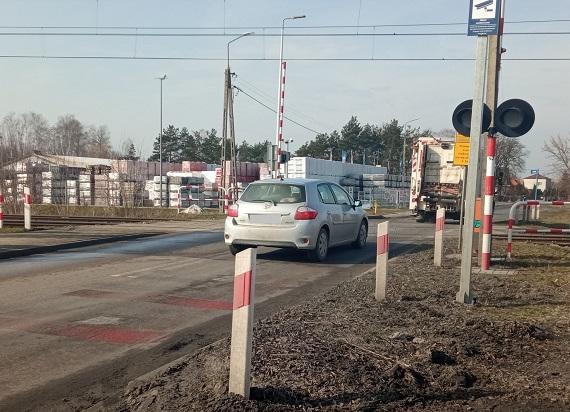 PLK: Bezpieczniej na 16 przejazdach w woj. lubelskim. PLK kończą projekt modernizacji 182 przejazdów w całej Polsce
