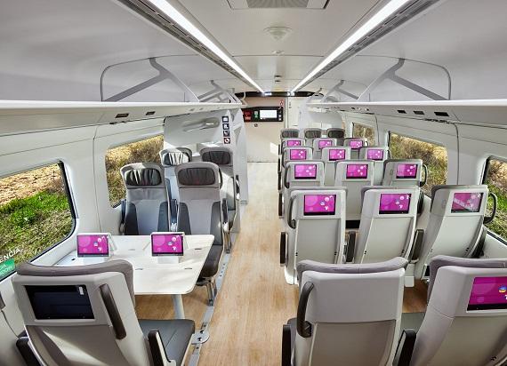 Talgo pokazało zdjęcia wnętrza nowego pociągu KDP. Nietypowy rozkład miejsc 2+3 [ZDJĘCIA]