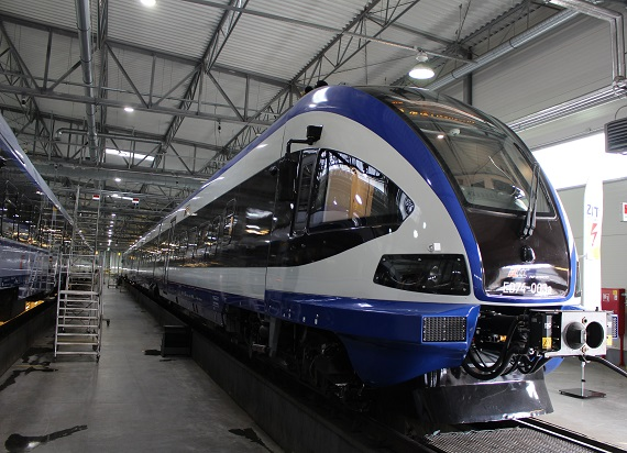 Zmodernizowane ED74 będą obsługiwać trasę Wrocław – Radom – Lublin. A nowe Flirty pojadą do Szczecina