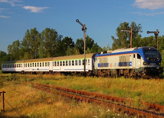 Miał być nowy pociąg TLK z Warszawy do Zielonej Góry, ale nie ma lokomotyw
