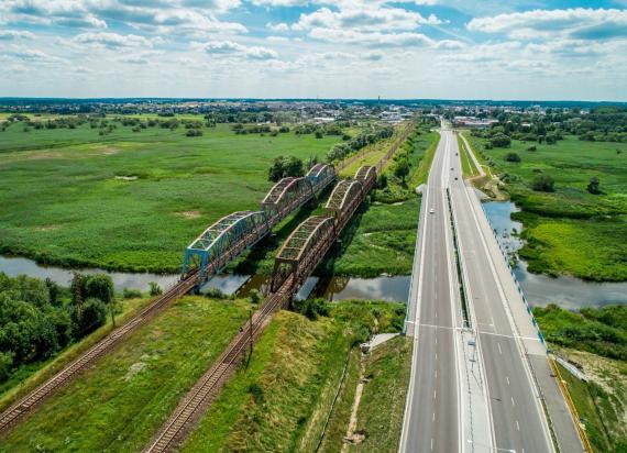 Rail Baltica – kolejne prace na stacji Białystok, przystankach i moście